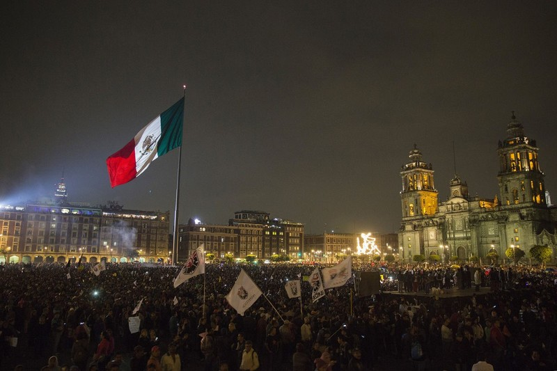 Protest at the Zocalo in 2014