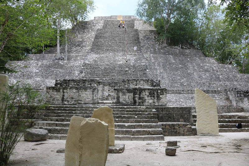 Structure I